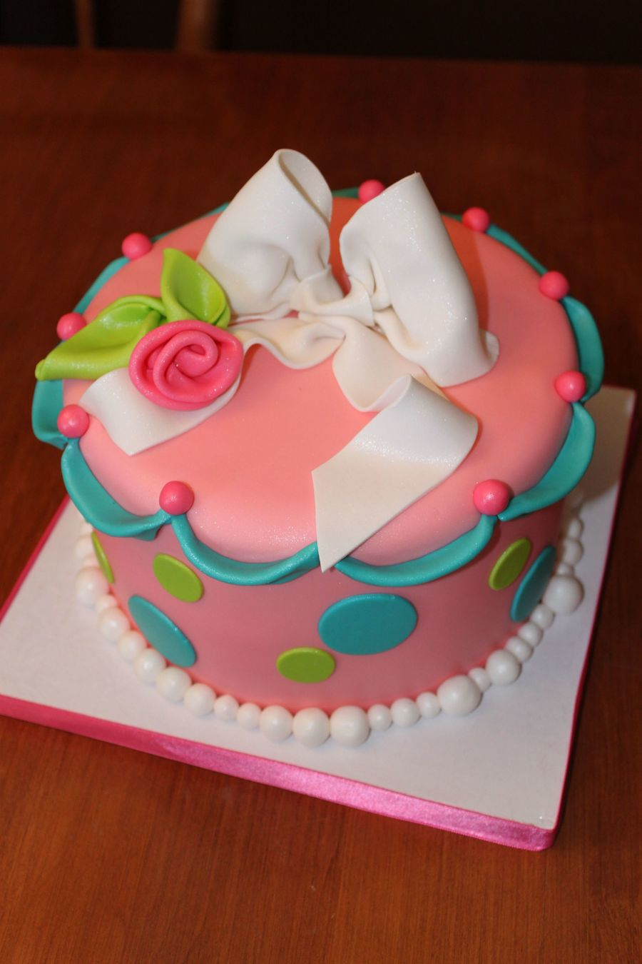 Bright & Pretty! on Cake Central
