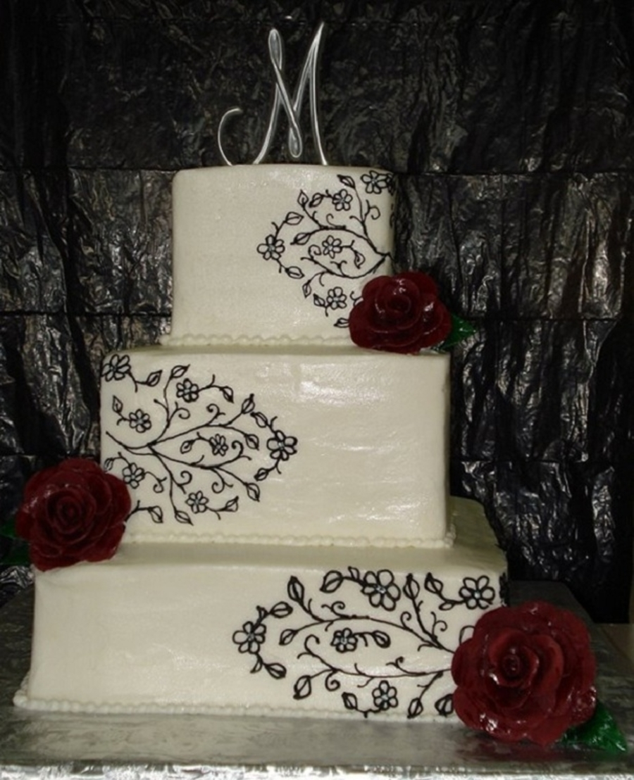 Black Scroll & Red Roses  on Cake Central