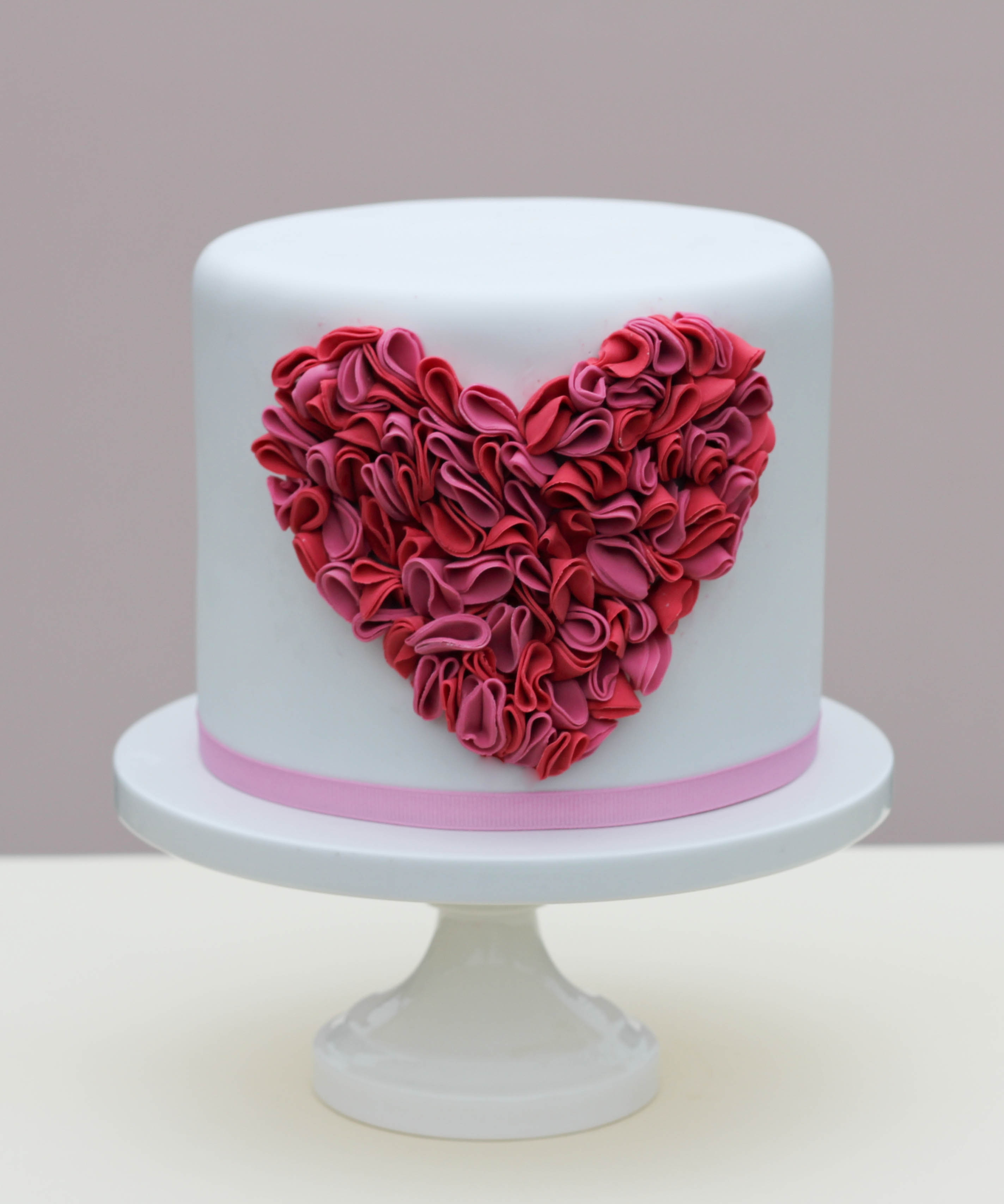 Single Tier Fondant Covered Cake With Fondant Ruffle Heart on Cake Central