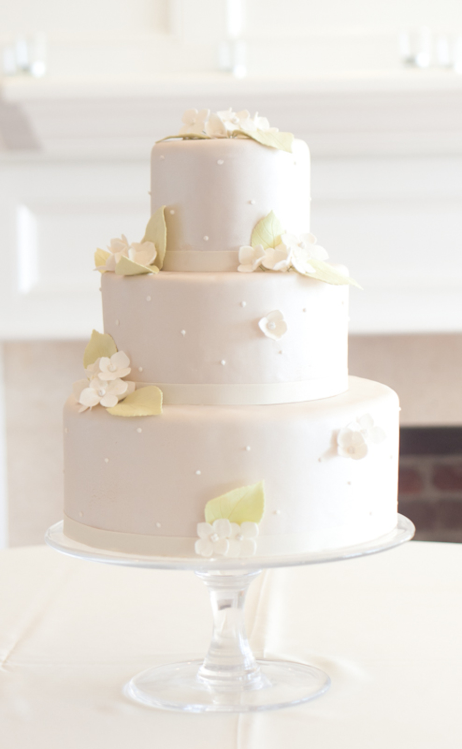 Pearlized Ivory Cake With White Hydrangea on Cake Central
