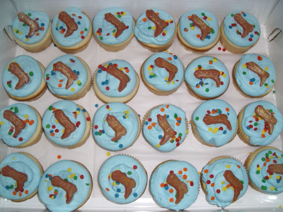 Western Cupcakes  on Cake Central