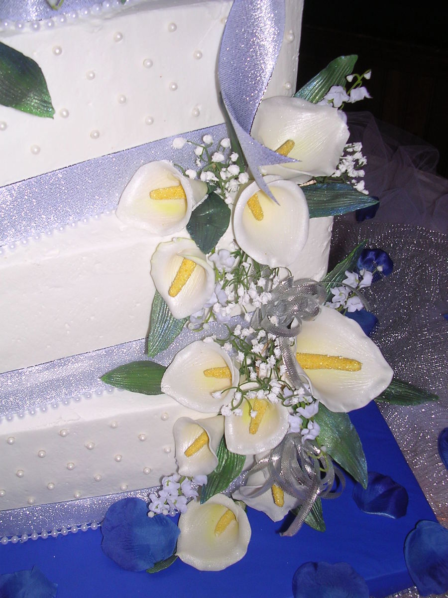My First Gumpaste Calla Lily Flower Wedding Cake Cakecentral