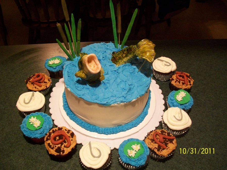 Bass Fishing on Cake Central