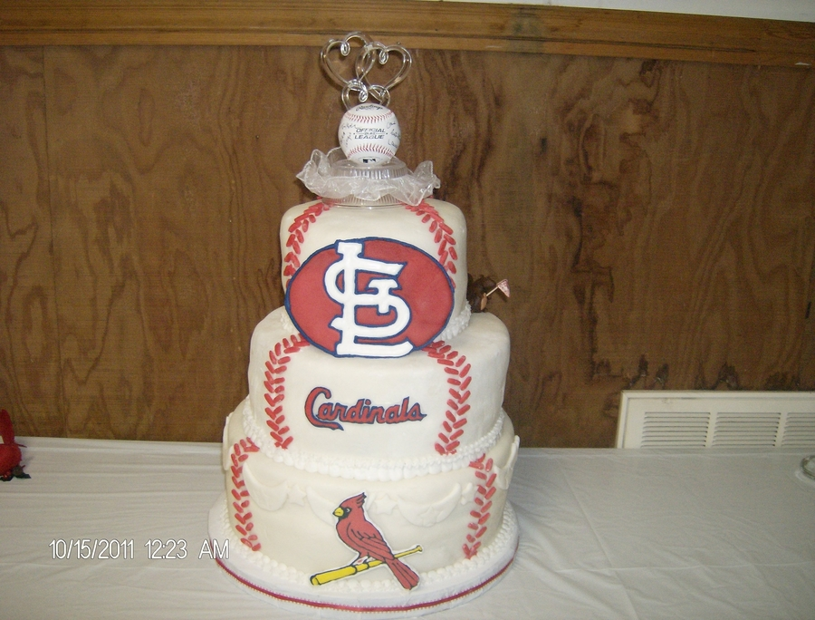Cardinals Fan Wedding Cake on Cake Central