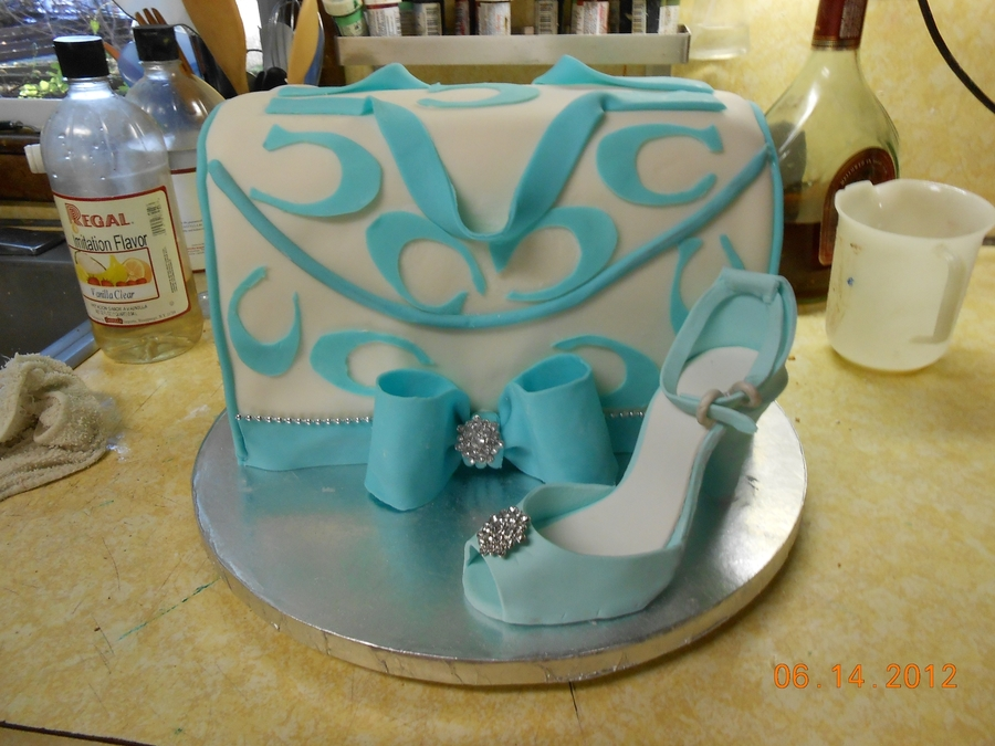 Coach Purse & Shoe on Cake Central