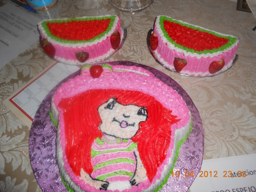 Strawberryshortcake on Cake Central