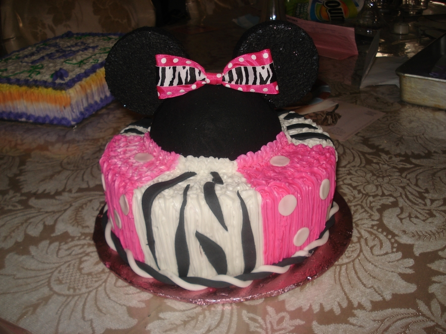 Minniemouse on Cake Central
