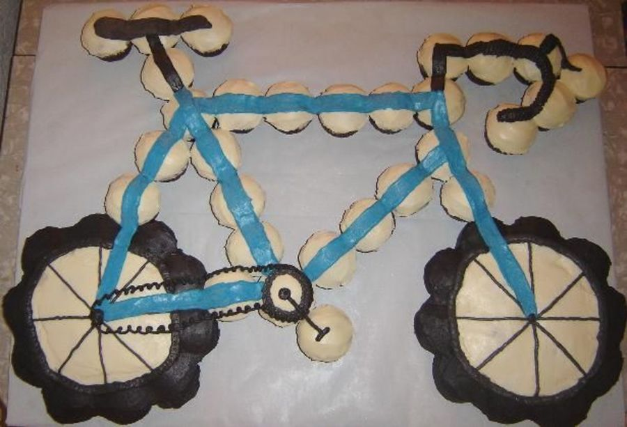Road Bike Cake Decoration : Road Bicycle Cupcake Cake - CakeCentral.com
