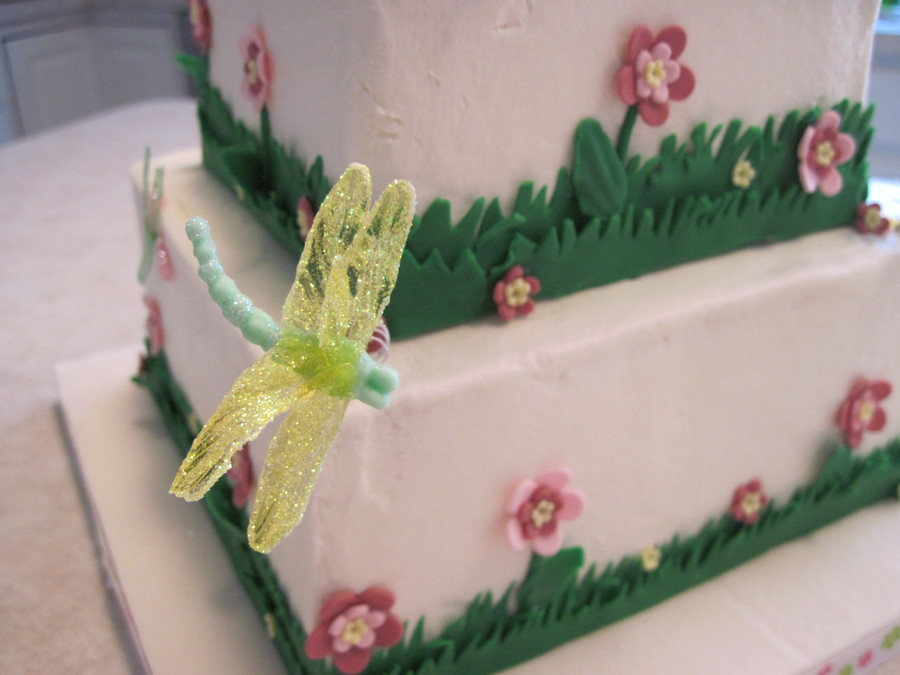 Baby Shower Cake To Match Dragonfly Nursery Bedding. White Cake With  Buttercream And Fondant Accents. Dragonflies Are Fondant With Gelatin Wings  On Japanese ...
