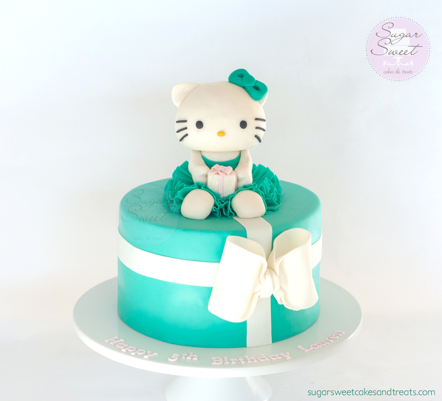 Birthday Cake Pictures Hello Kitty : Hello Kitty Birthday Cake - CakeCentral.com