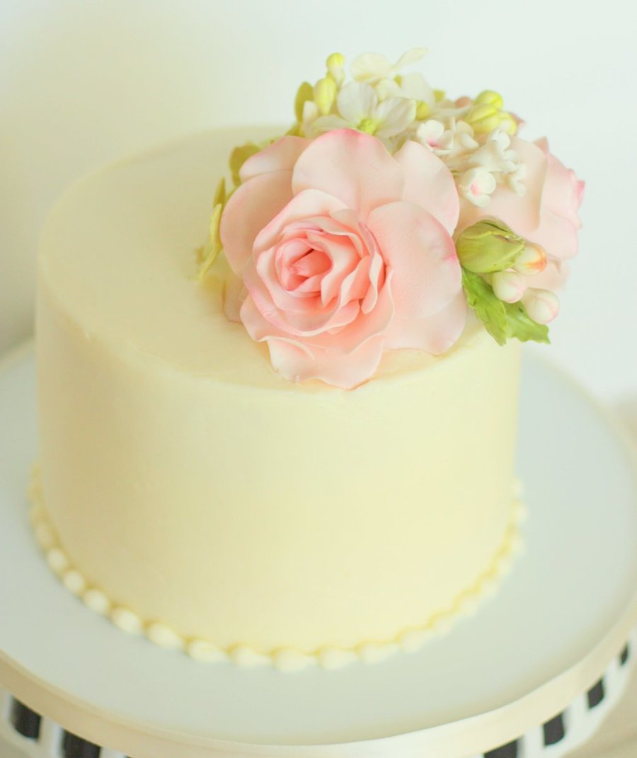 small wedding cakes with roses small wedding cake gumpaste roses and hydrangeas 20247