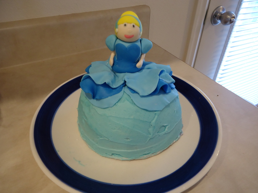 Mini Cinderella  on Cake Central