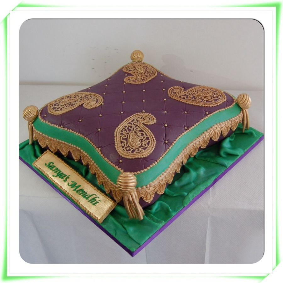 Cushion Cake Foe Henna Party Cakecentral Com