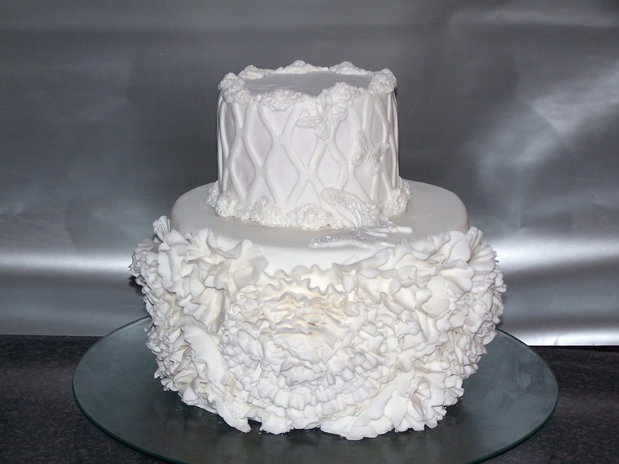 how to make ruffle roses on wedding cake ruffle roses wedding cake cakecentral 15987