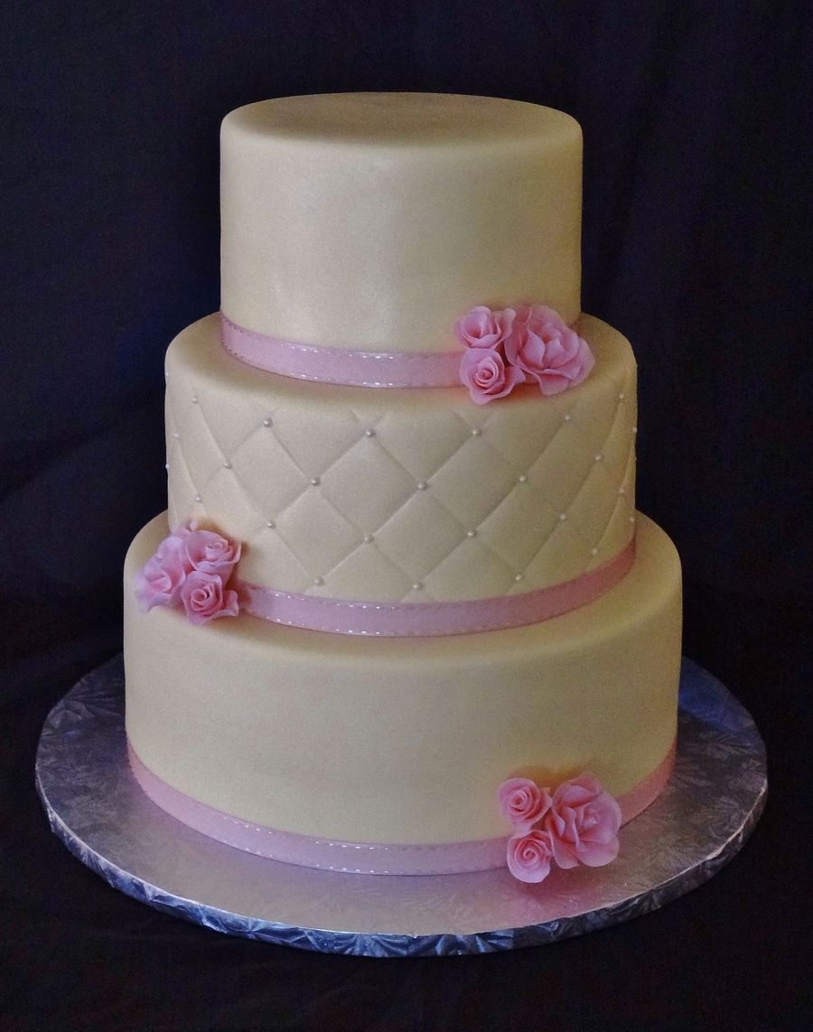 Pale Yellow With Pink Sweetheart Roses on Cake Central
