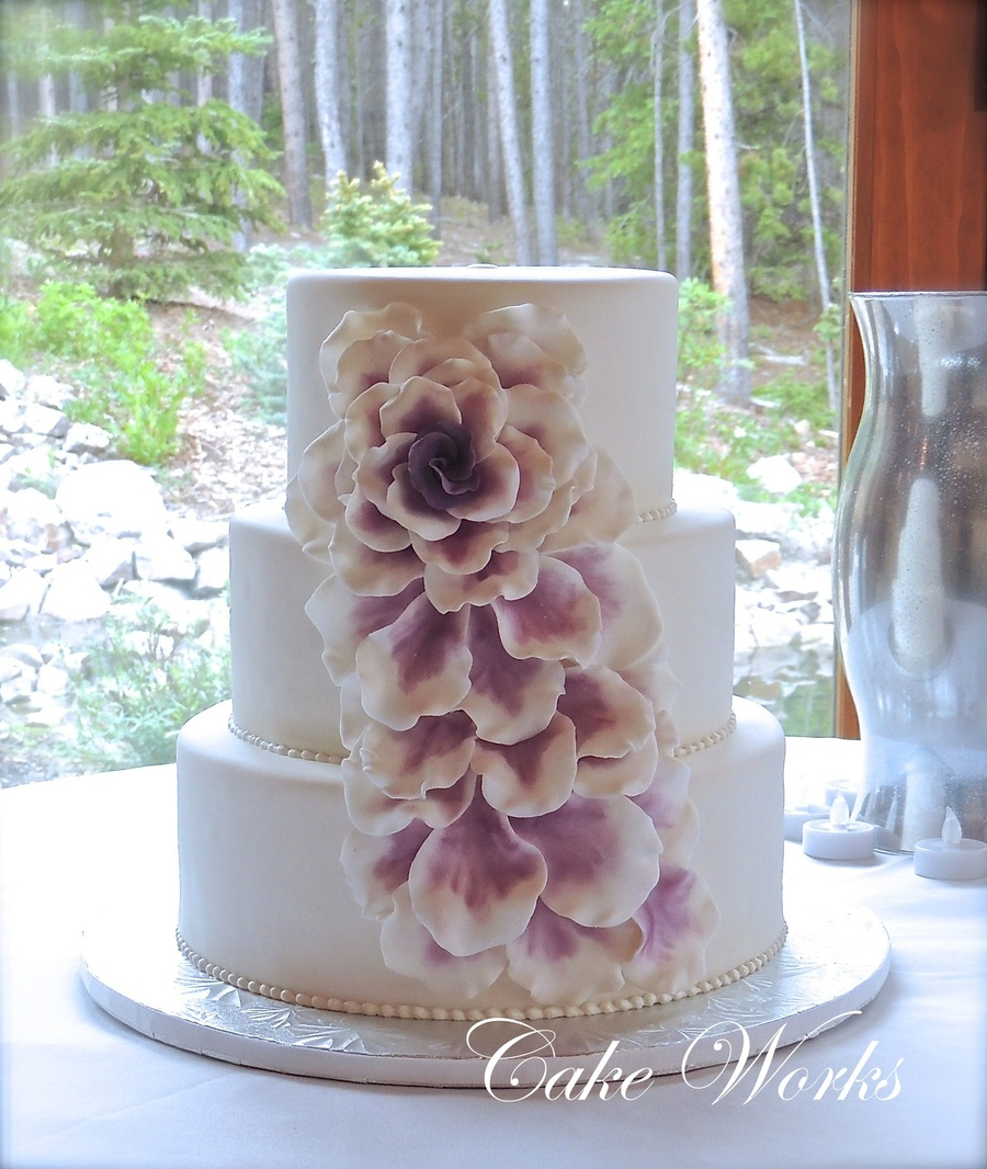 Cascade Of Petals on Cake Central