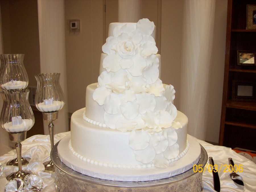petal wedding cake cascading petal wedding cake cakecentral 18301