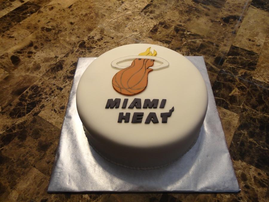 Miami Heat on Cake Central