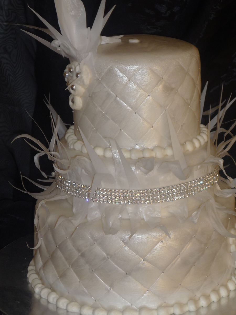 Diamonds And Feathers on Cake Central