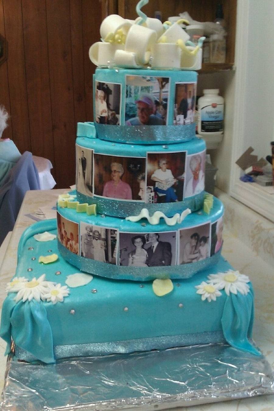 Mom's 80Th Birthday Cake  on Cake Central