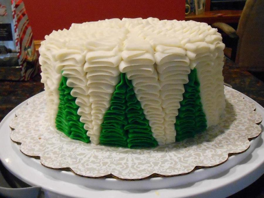 Merry Christmas I Dont Remember Where I First Saw This Take On The Ruffle Cake But I Thought That It Was A Lovely Idea The Cake Is Snic on Cake Central
