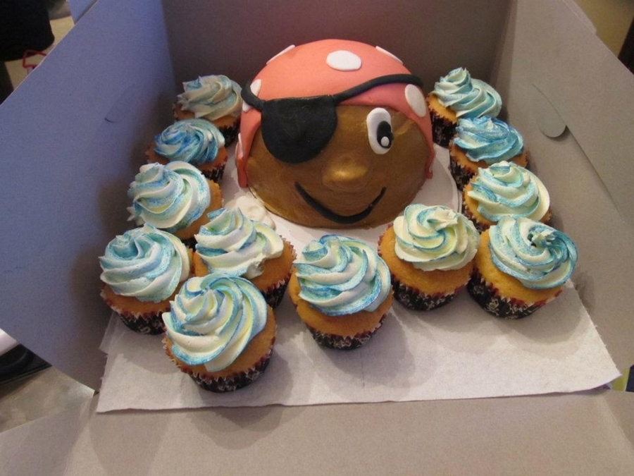 Boy Pirate With Cupcakes on Cake Central