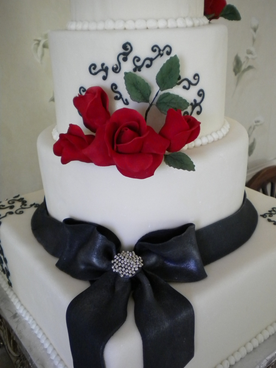 Gumpaste Roses And Fondant Bow on Cake Central