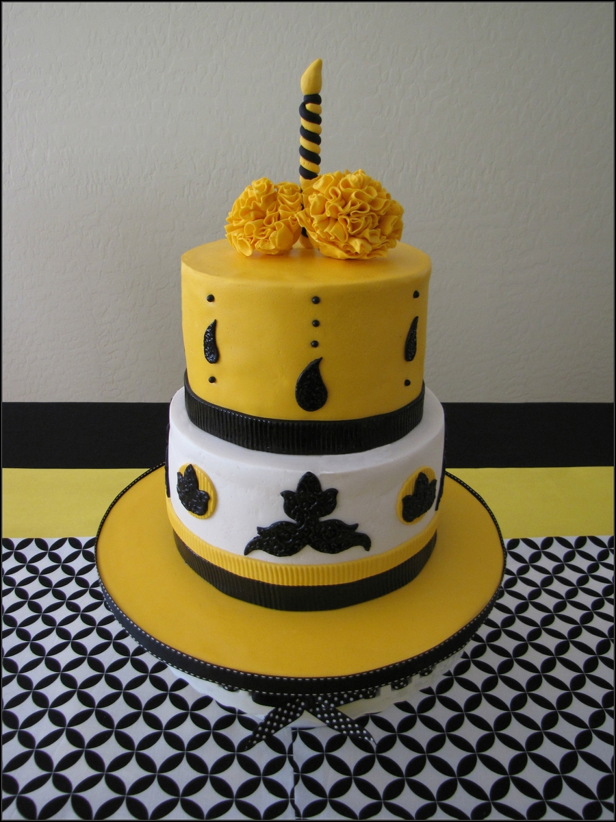 Yellow And Black Birthday Cakecentral