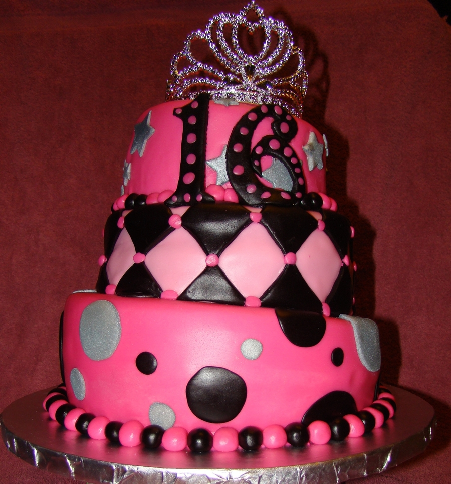 Topsy Turvy Sweet 16 on Cake Central