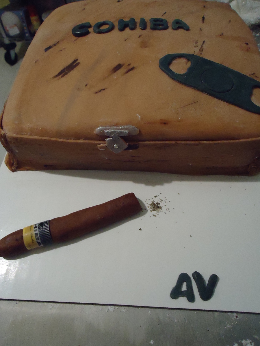 Tabaco Cohiba on Cake Central