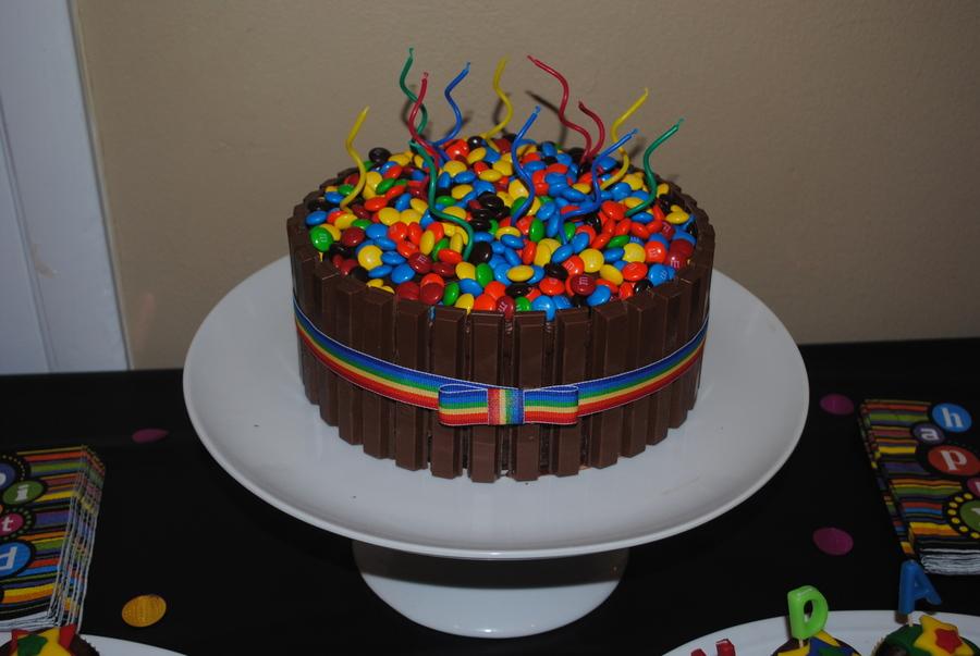 Kit Kat Cake - CakeCentral.com