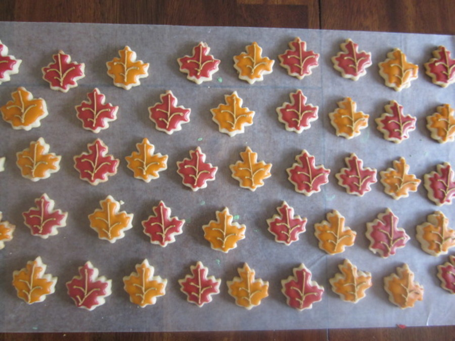 Fall Leaf Cookies on Cake Central