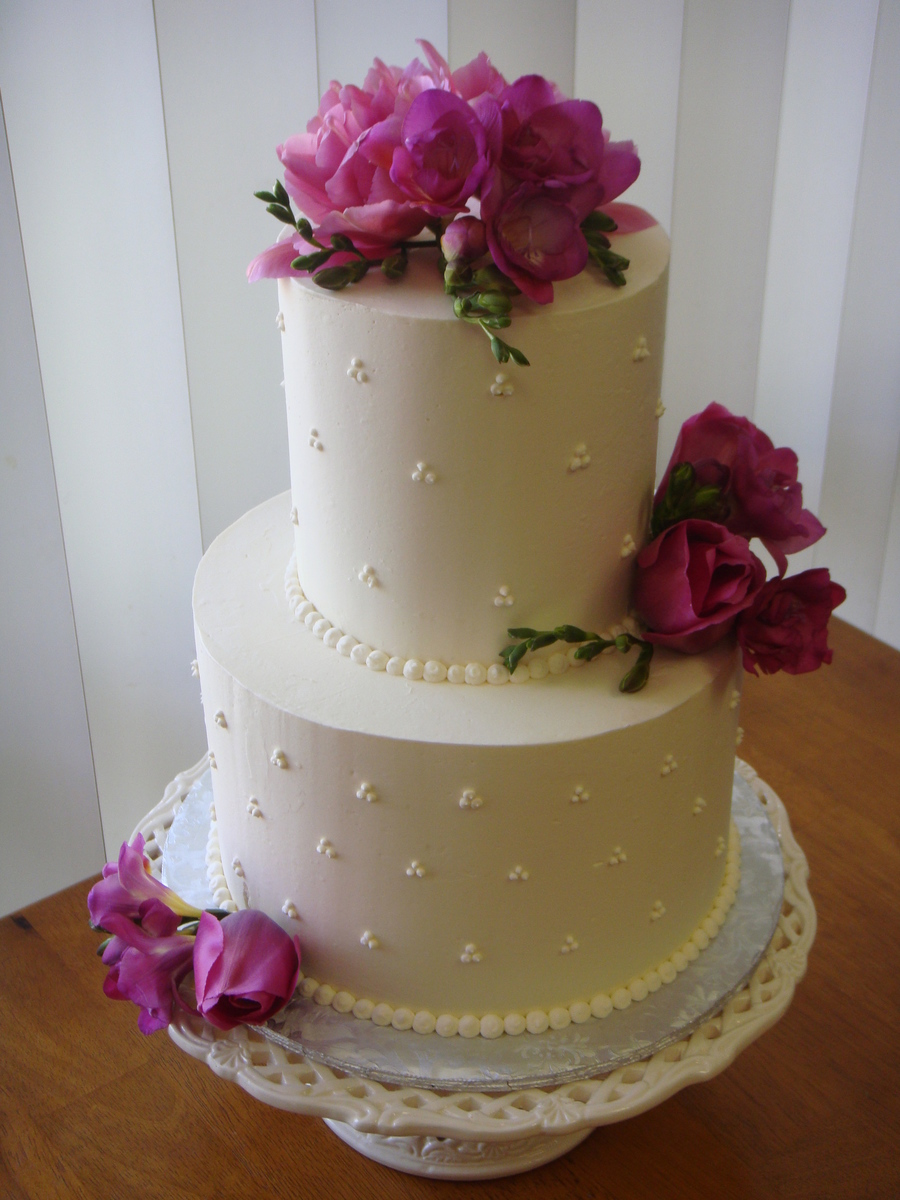 Small Swiss Dot Wedding Cake on Cake Central