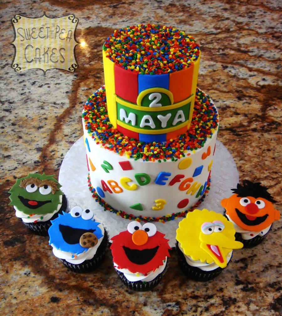 Cake Decorating Sesame Street Birthday : Sesame Street Birthday - CakeCentral.com