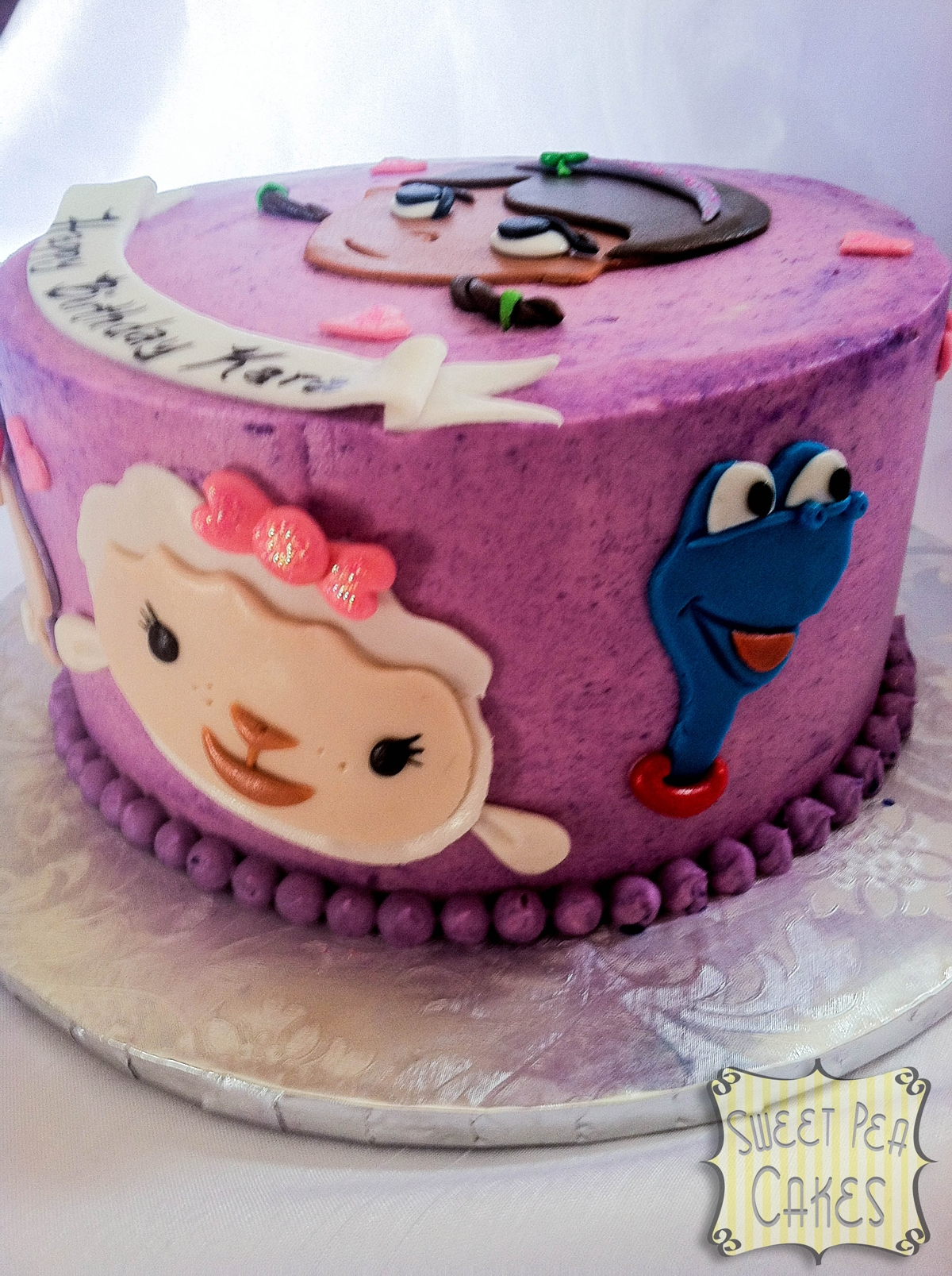 Doc Mcstuffins Smash Cake And Cupcakes