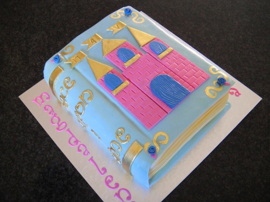 Story Book on Cake Central