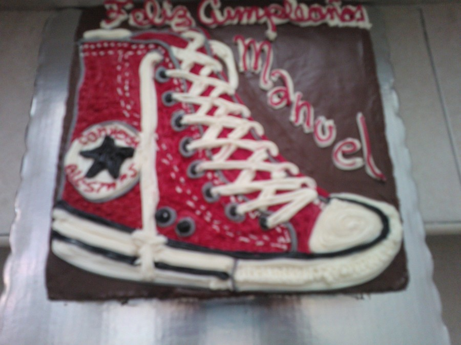 Converse Cake on Cake Central