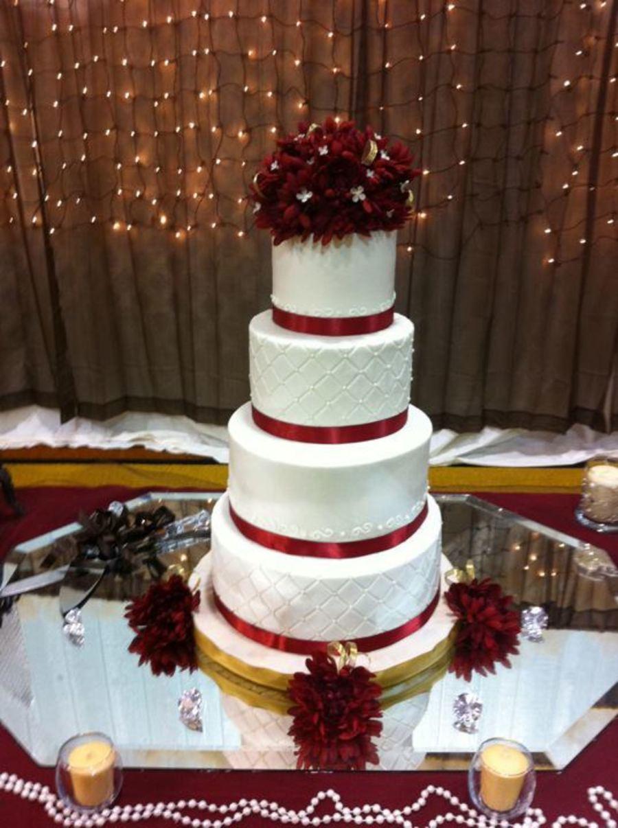Red Black And White Wedding Cake Ideas