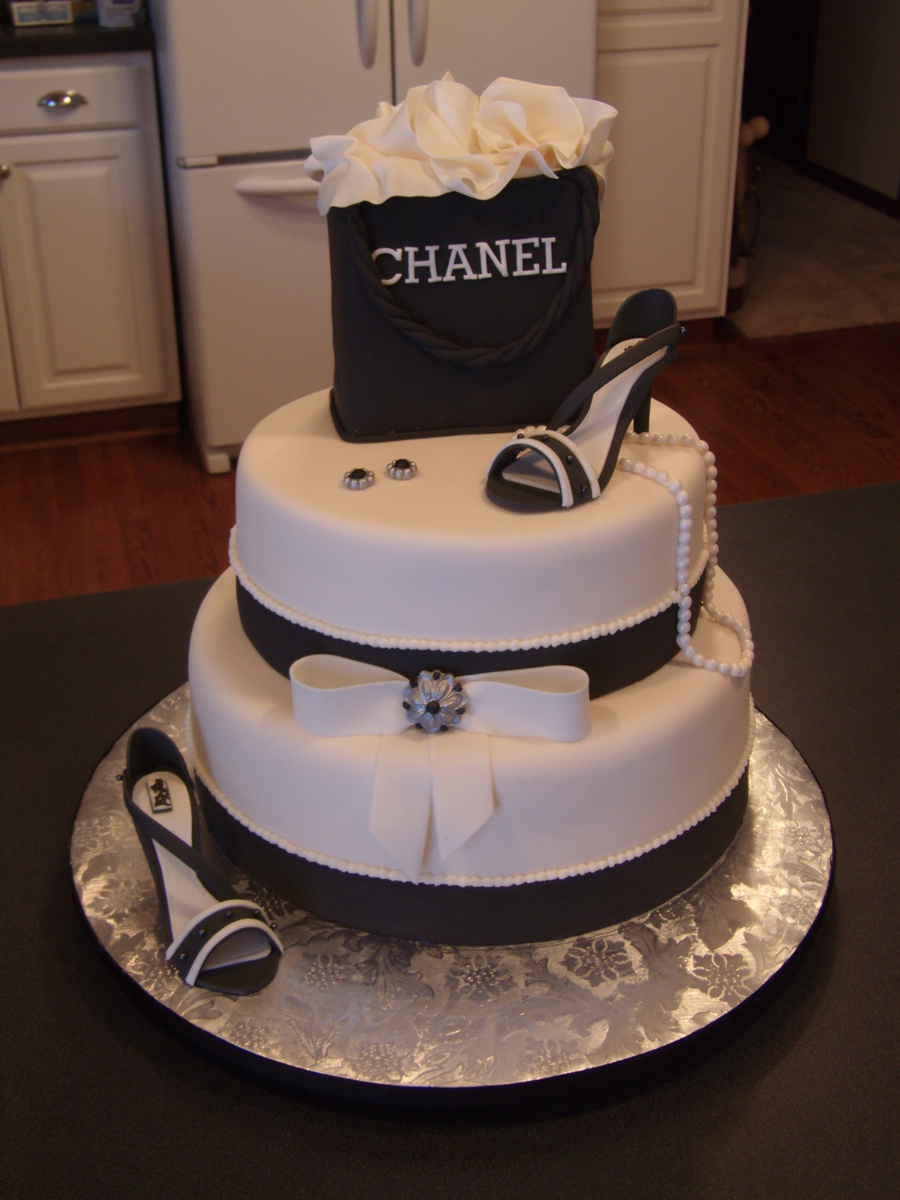 Chanel Birthday Cakecentral Com