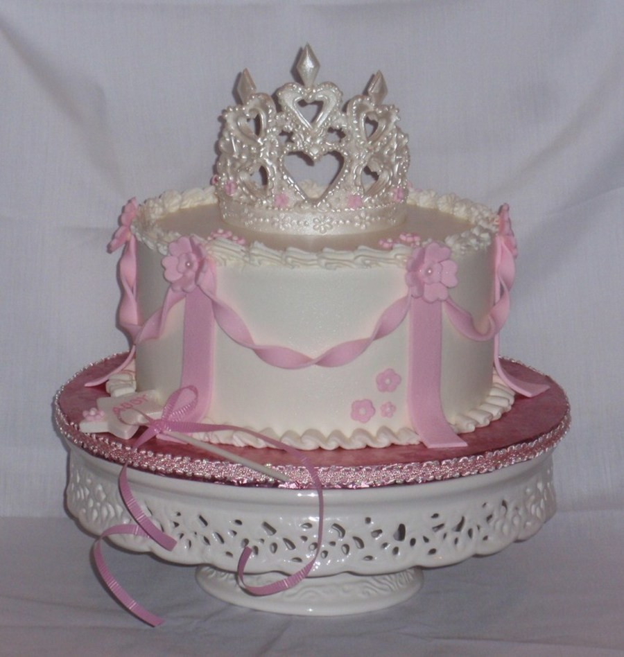 A Simple Princess Cake With Buttercream Icing Fondant