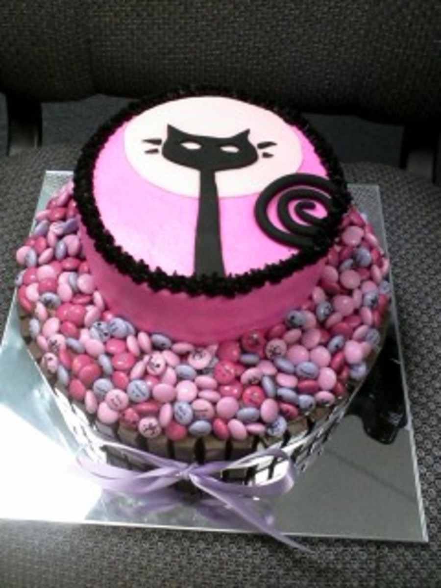 Hannahs Catkit Kat Birthday Cake Cakecentral