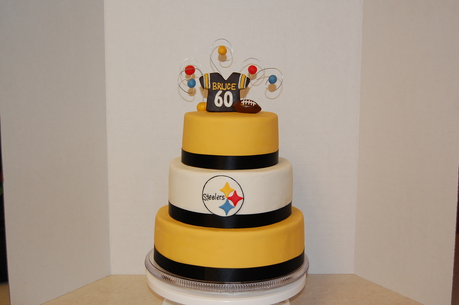 Fabulous Pittsburgh Steelers Birthday Cake Cakecentral Com Funny Birthday Cards Online Fluifree Goldxyz