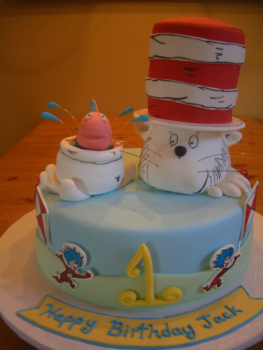 Cat In Hat on Cake Central