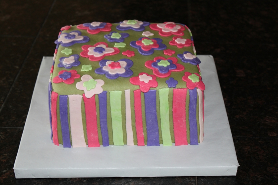 Flower Fun on Cake Central