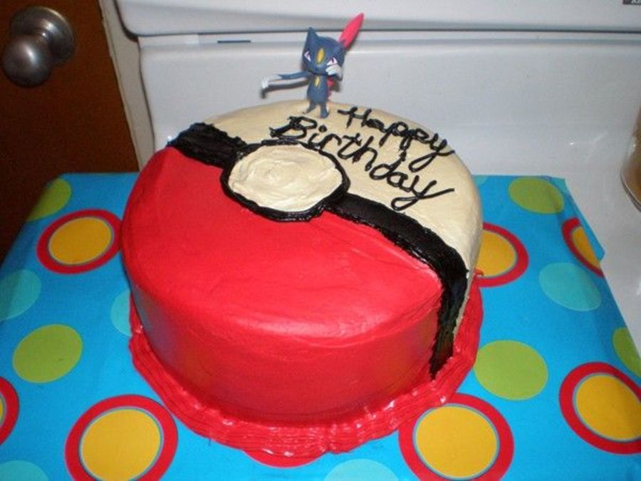 Pokemon Ball on Cake Central
