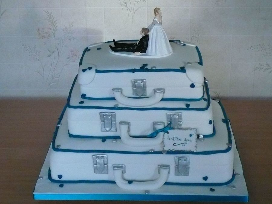 Suitcases With Humourous Bride And Groom on Cake Central