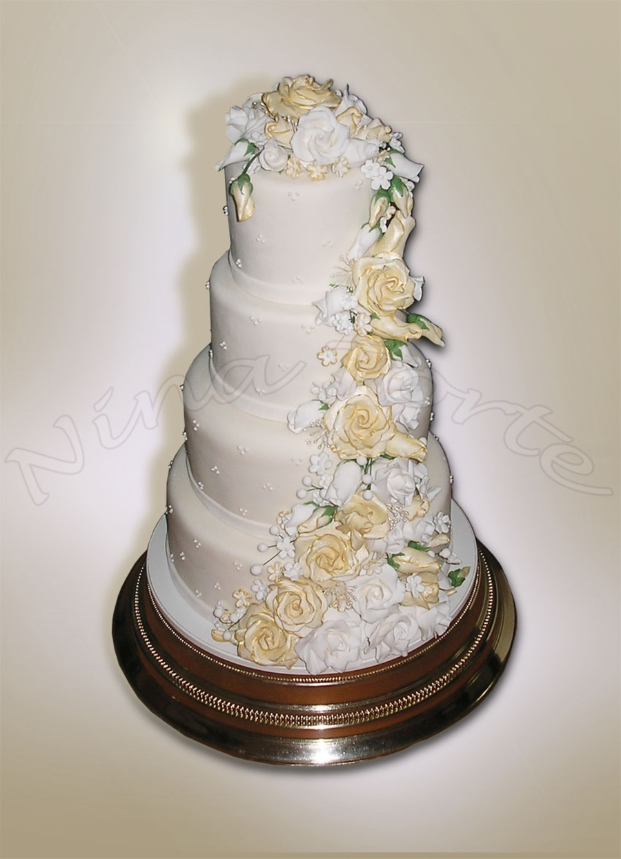 Roses Wedding Cake on Cake Central