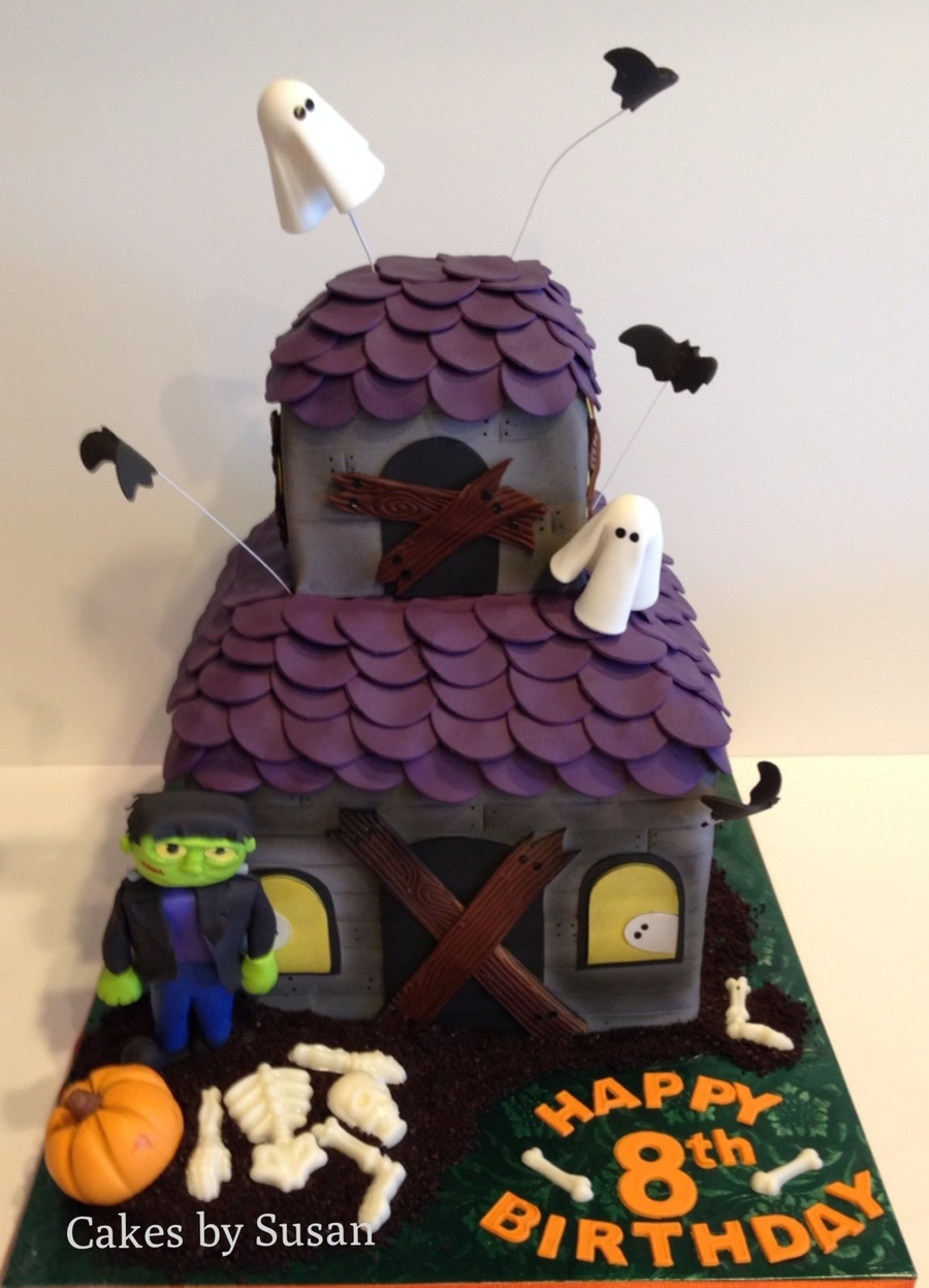Admirable Haunted House Birthday Cake Cakecentral Com Personalised Birthday Cards Epsylily Jamesorg