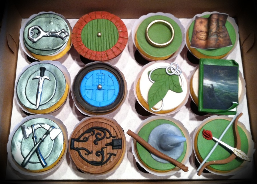 Hobbit Cupcakesjpg  on Cake Central