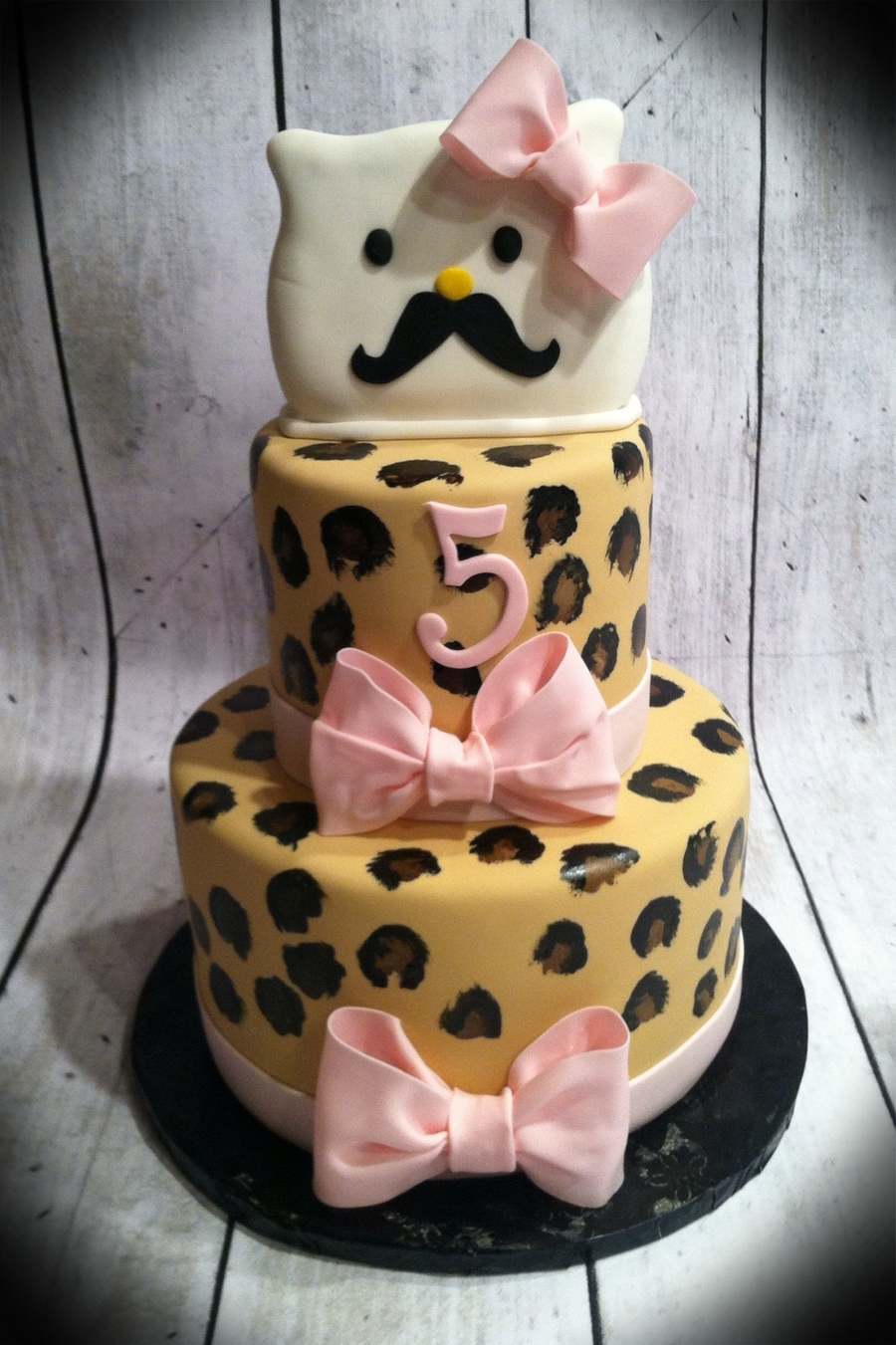 Mustached Hello Kitty on Cake Central